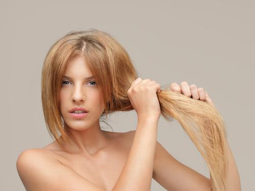 髪のダメージ