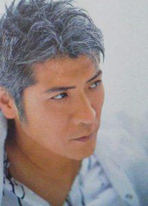 白髪の似合う吉川晃司