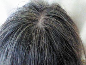 白髪に悪い洗髪方法