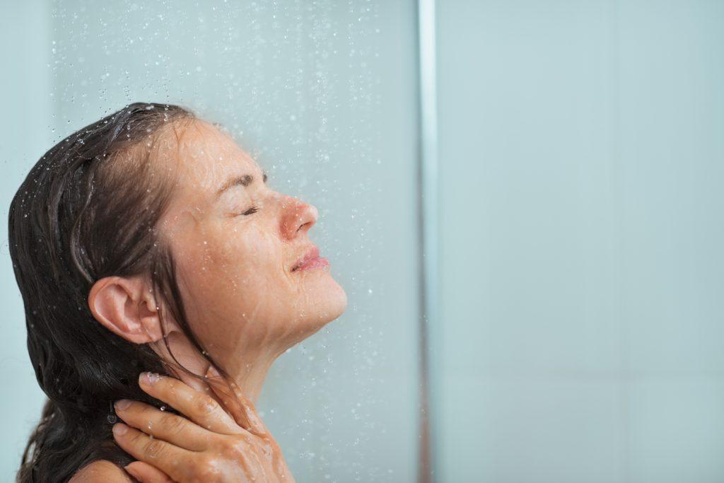 シャワーでしっかり流しましょう
