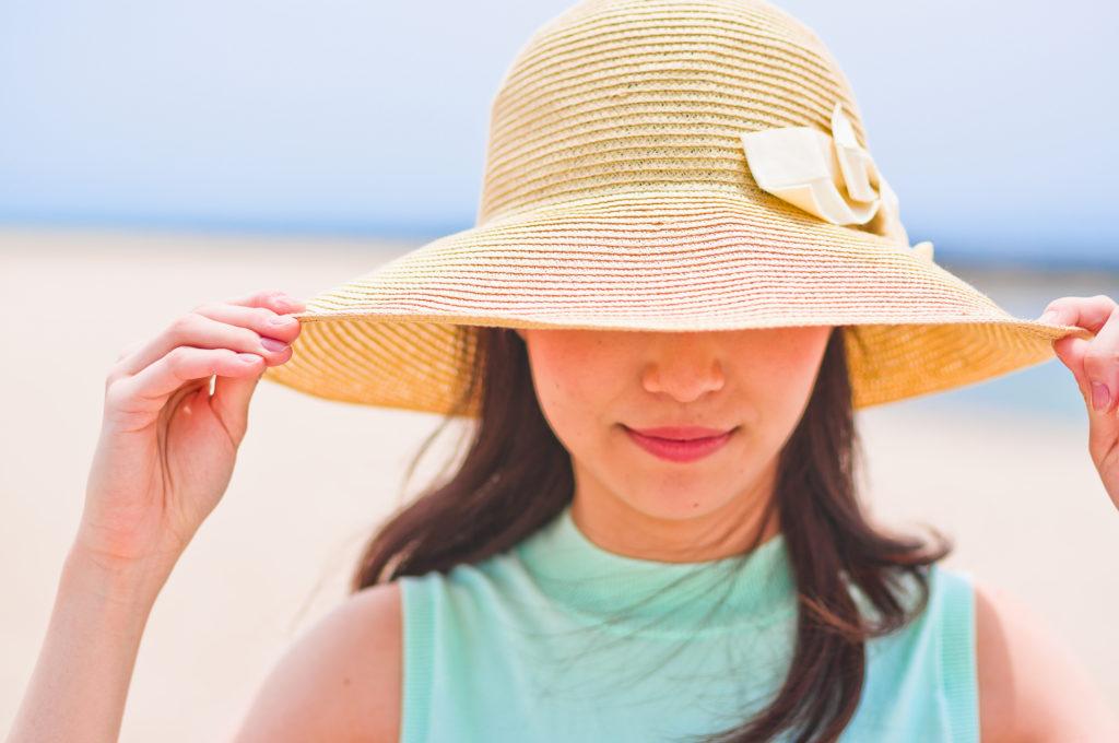 被るだけでOKの帽子は、手っ取り早く紫外線カットしてくれる強い味方。