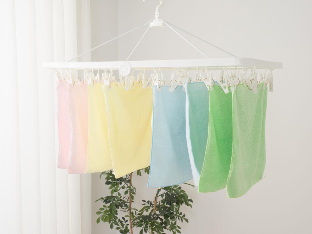 タオルはなるべく長く垂らして干すようにしましょう。
