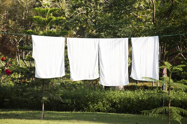 シーツや枕カバーをこまめに変えて洗濯