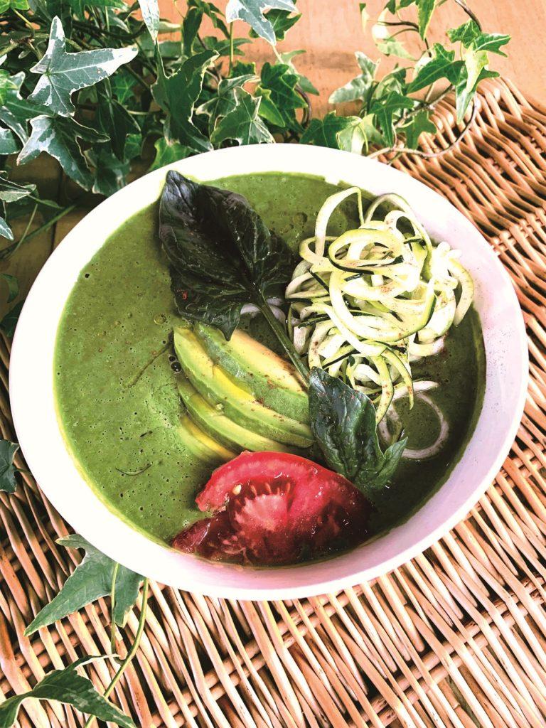 アボカドグリーンカレースープ