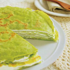 ふわふわ緑のミルクレープのレシピ