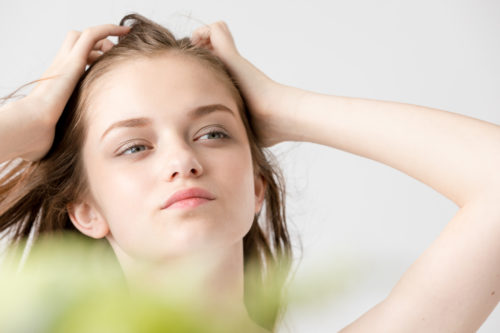 猫っ毛をボリュームアップ!改善方法や猫っ毛おすすめの髪型&ヘアアレンジ