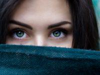 眉毛は育毛できる?人気の眉毛育毛剤5選や食生活の改善方法も教えます